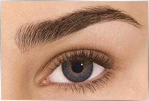 Øje med Alcon Dailies Freshlook farvet kontaktlinse - blue